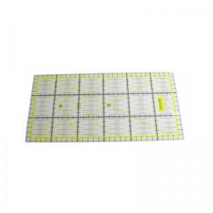 Rollschneider Lineal 30 x 15 x 0,3 cm